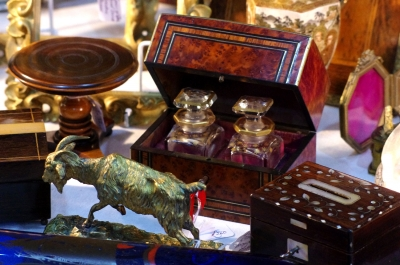 Antiques and Collectables Market